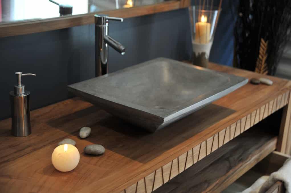 quelle couleur pour la vasque de la salle de bain. Black Bedroom Furniture Sets. Home Design Ideas