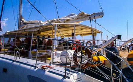Location d'un catamaran en Méditerranée