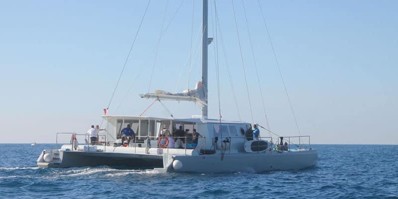 Location catamaran pour incentive ou séminaire
