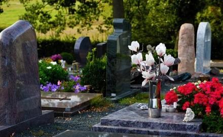 Article funéraire