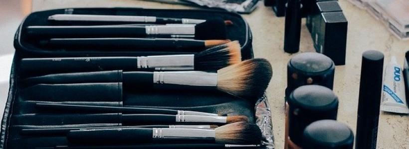 Comment choisir un dermographe pour maquillage permanent