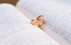Comment bien choisir sa bague de mariage